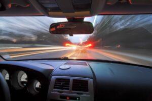 Dacă tot privim în oglinda retrovizoare…