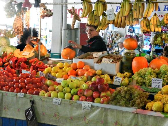 2-preturi-fructe-Ambrozie