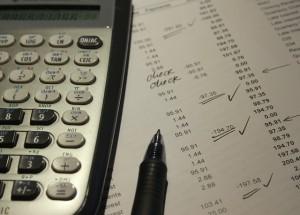 Creditele, cu avantajele și dezavantajele lor
