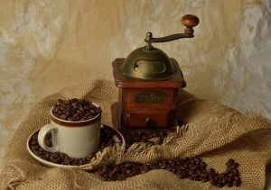 Ce râșniță de cafea îmi recomanzi?