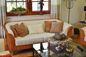 9 idei noi pentru a aduna cât mai repede avansul pentru casa ta