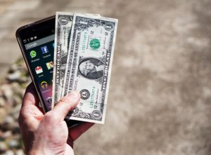 5 trucuri care te pot ajuta să treci peste săptămâna dinaintea salariului