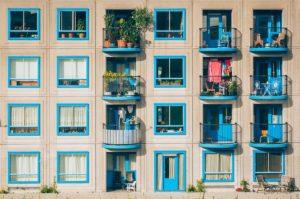 10 avantaje ale achiziției unui apartament într-un bloc nou
