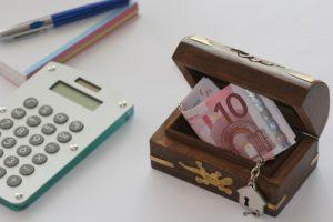 8 idei pentru a economisi pe termen lung minim 10% din venituri