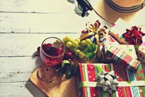 Crăciunul este, până la urmă, SI despre daruri și cumpărături :)
